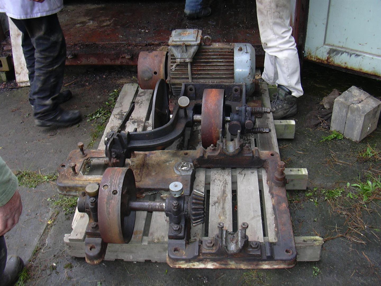 Opbouw-zaagmachine022