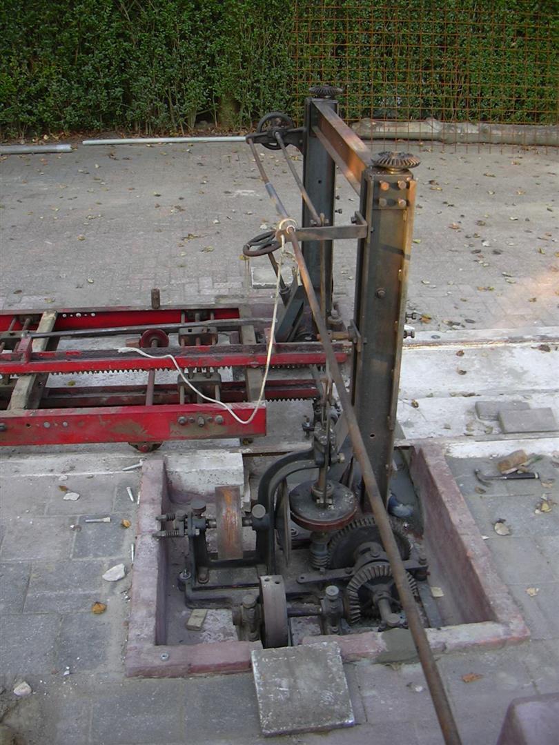 Opbouw-zaagmachine069