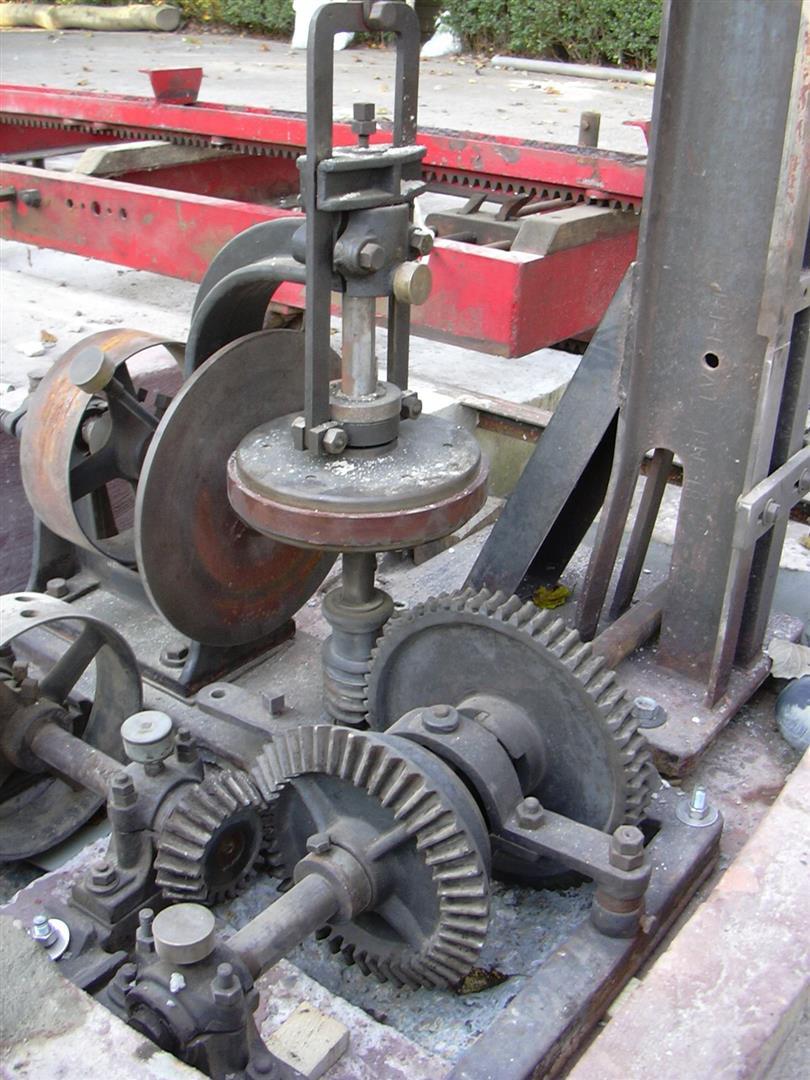 Opbouw-zaagmachine071