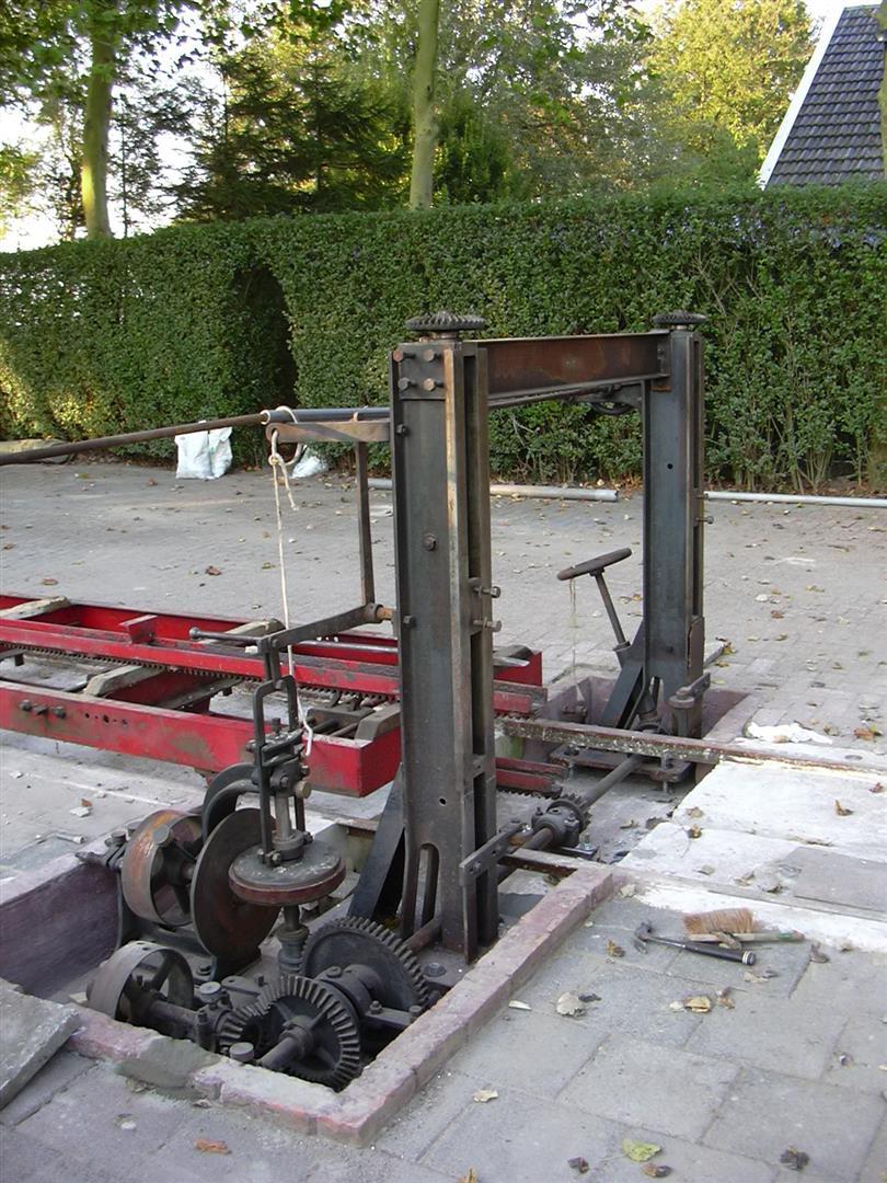 Opbouw-zaagmachine072